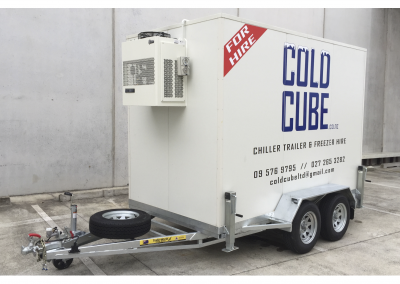 large cold cube trailer outside (1)